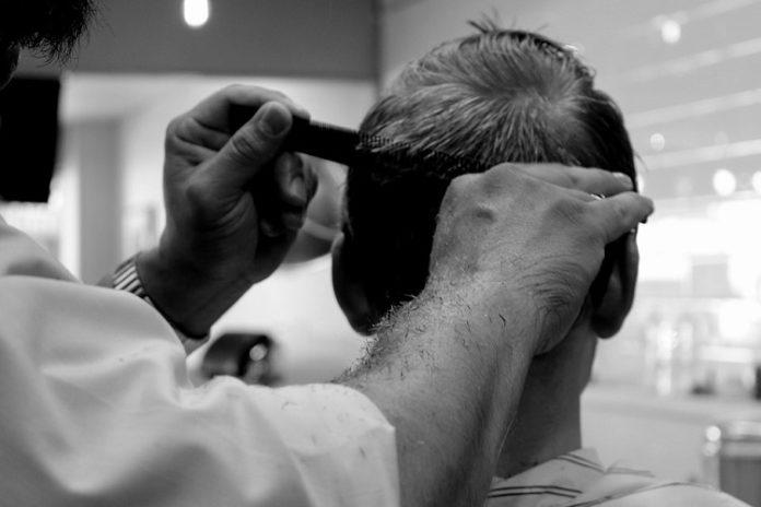 grzebienie fryzjerskie