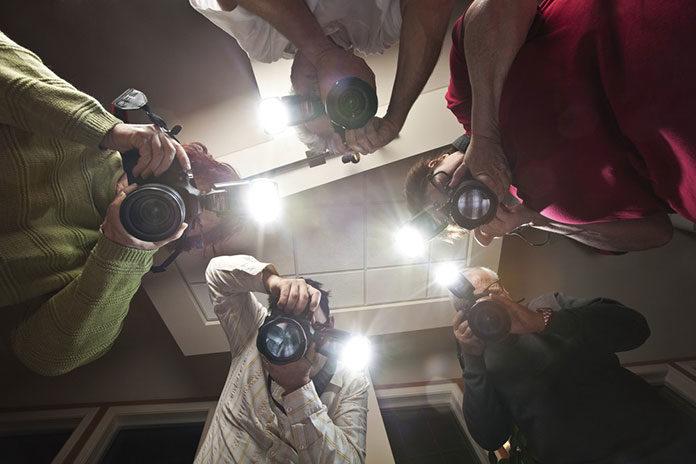 Lampa błyskowa – sprawdź kiedy jest niezbędna