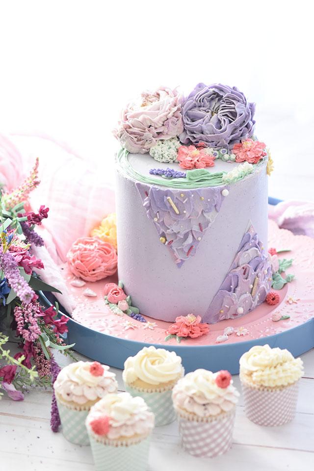 Dlaczego warto zamawiać słodkie wypieki w cukierni artystycznej